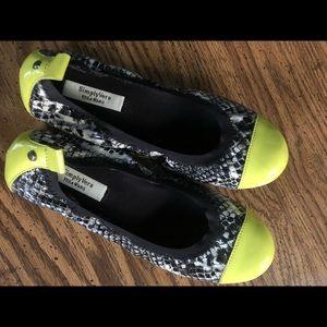 Simply Vera Vera Wang Snake and Neon Ballet Flats